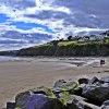Tramore. ::    Siedzisz na plaży dele<br />ktując się słońcem. Bierz<br />esz garść piasku i trzyma<br />sz, mocno trzymasz